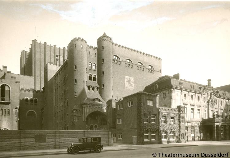 schauspielhaus-1